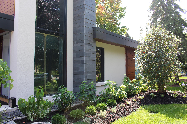 Mississauga modern home goodfellastone for Modern homes mississauga