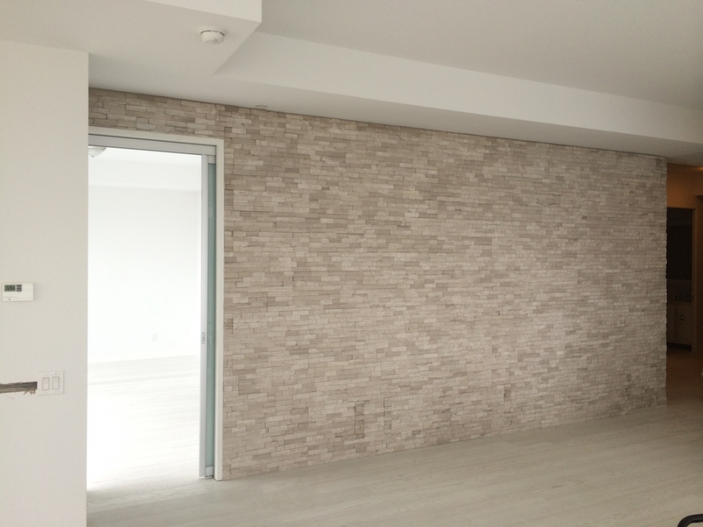 SilverFox Splitface Erthcoverings Feature Wall