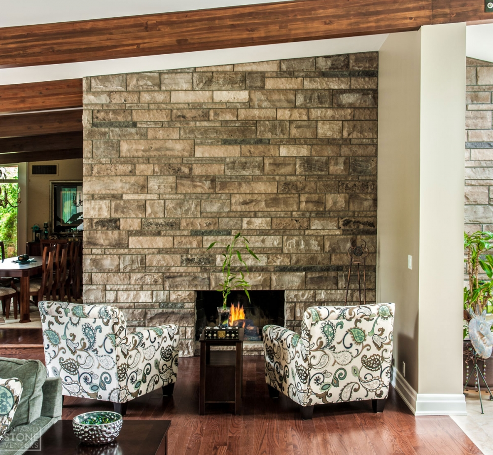 masonry-blend-fireplace-front-1ontariostoneveneers